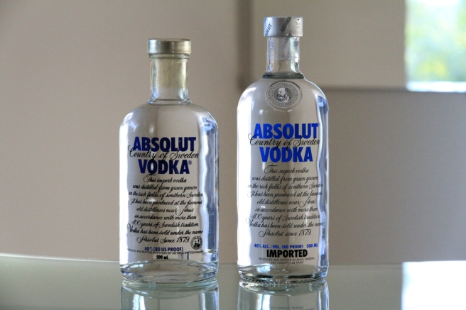 Absolut blue label 500ml (old style vs. new style).