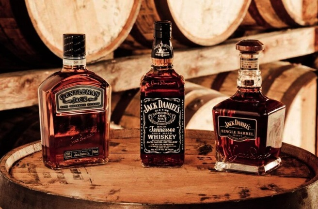1-jack-daniels-10-best-selling-whiskey-brands-in-the-world-via-pixshark-com_1